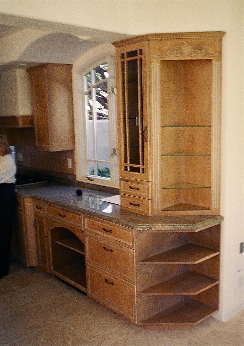 Pete d mungai general contractor santa cruz ca for Ready built cupboards